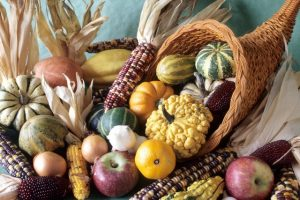 Thanksgiving-cornucopia_1